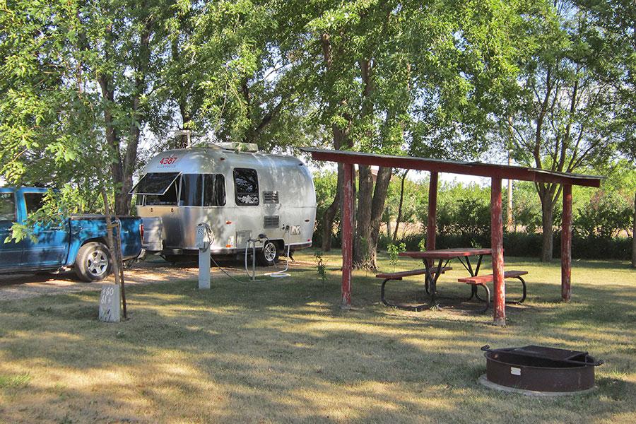 Full Hookup Camping Canton South Dakota